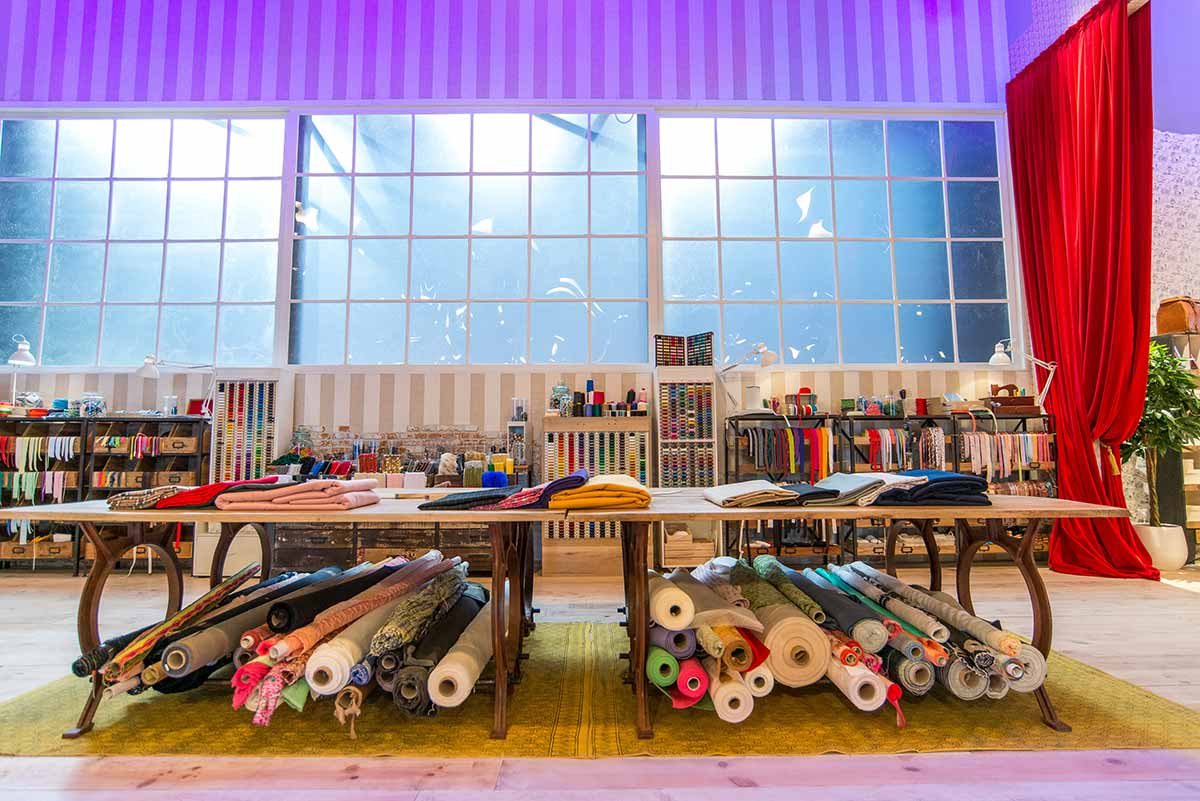 Mesas taller de Maestros de la Costura.