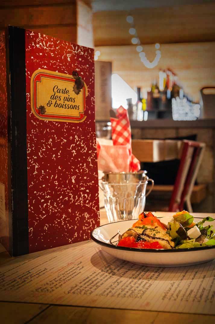 Una decoración para un restaurante con sabor a escuela. La Cantine du Vignoble.