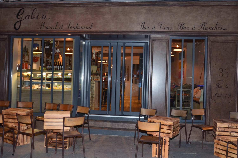 Imágenes del interiorismo de bares y restaurantes.