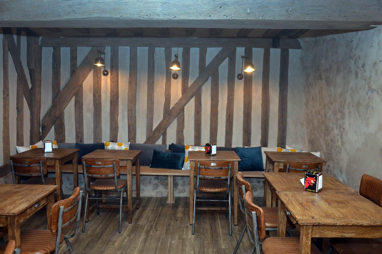 Interiorismo y decoración bares rústicos.