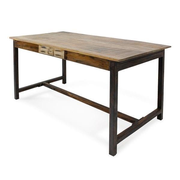 Mesas para bar de estilo vintage.