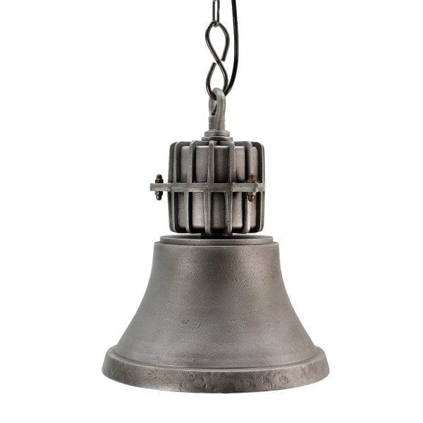 Lámparas de estilo industrial para uso en comercios.