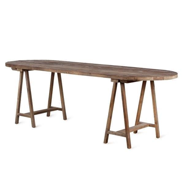 Mesas de madera para equipamiento en hostelería.