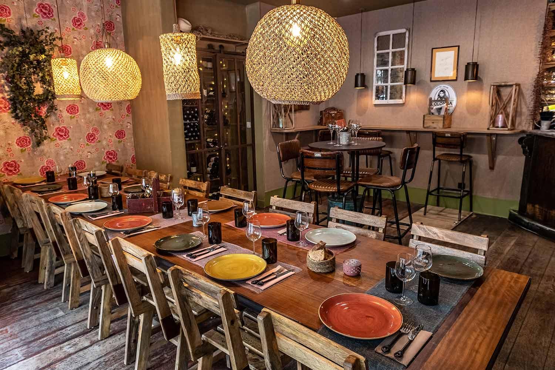 Sillas vintage Francisco Segarra para restaurante.