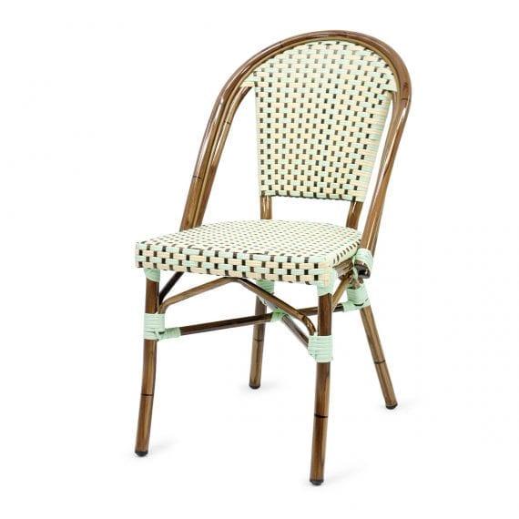Chaises parisiennes pour bistrot ou brasserie.