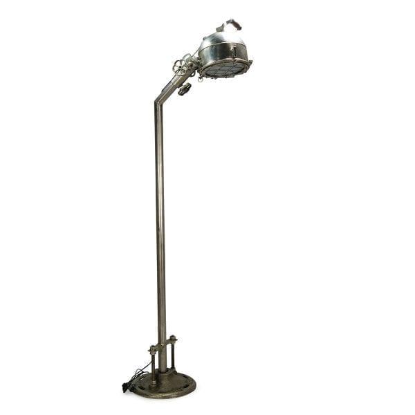 Lámparas de pie de estilo industrial. Rivendel.