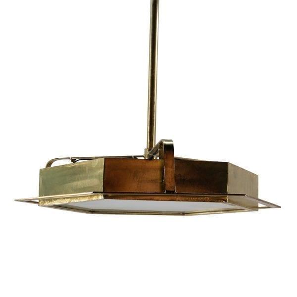 Lámparas para iluminación de tiendas de ropa.