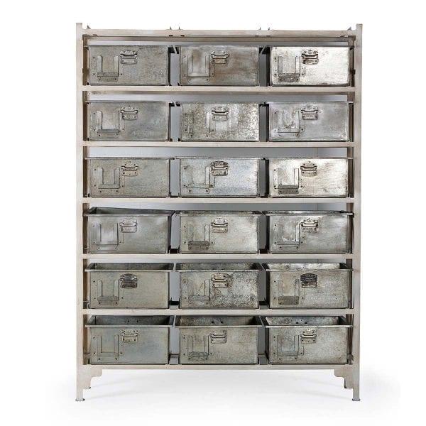 Mueble almacenaje con 18 cajones.