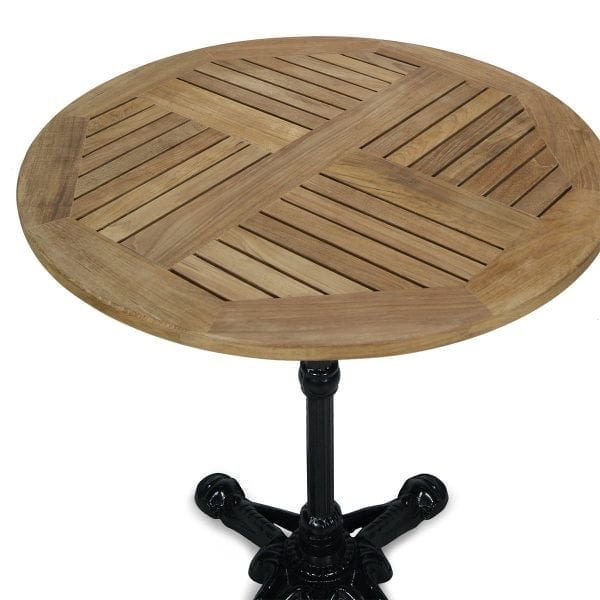 Table de terrasse avec le dessus rond en bois.