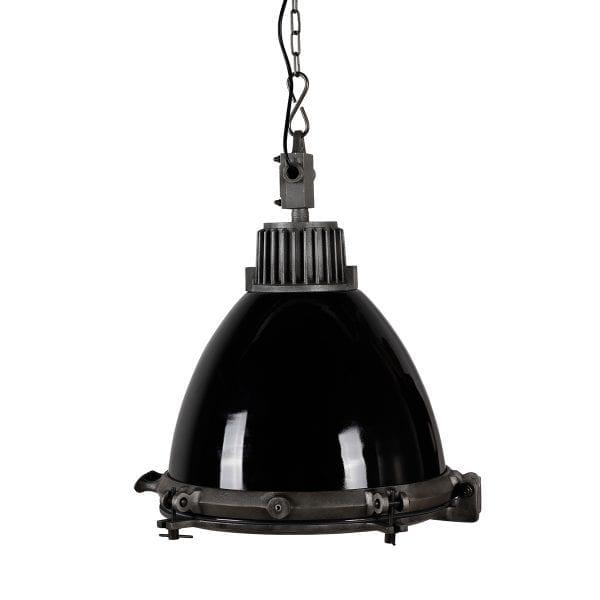 Lampe noire industrielle de plafond pour bar.