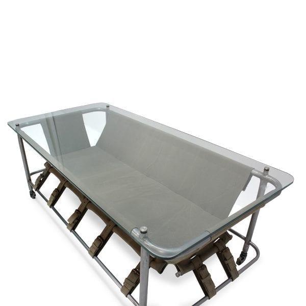 Mesas bajas para hostelería de diseño innovador.