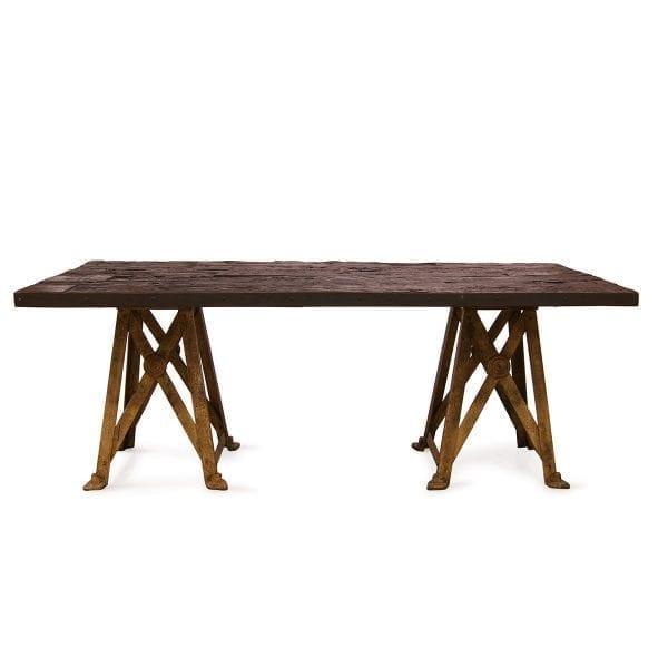 Foto de las mesas comunales para hostelería Taylor.
