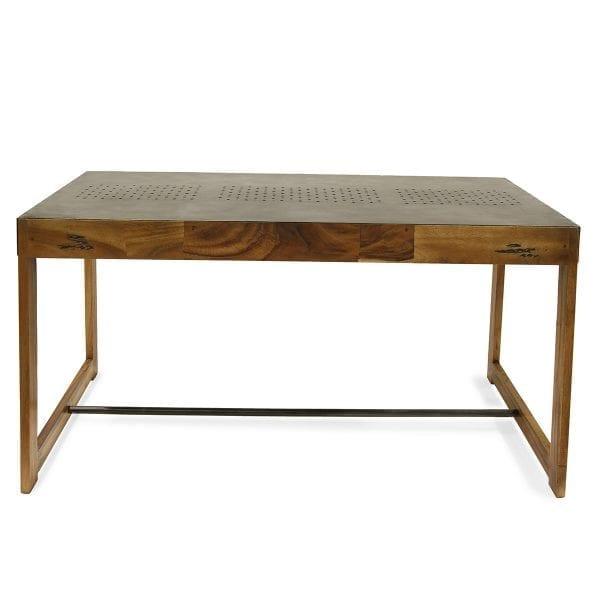 Fotos. Randel. Mesas en madera y hierro para hostelería.