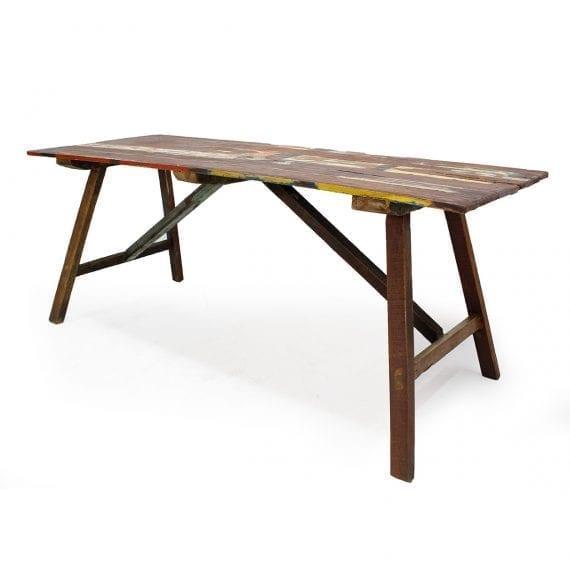 Mesas para restaurantes modelo Igari.
