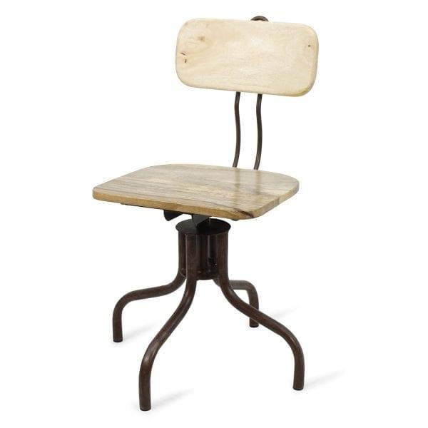 Chaise vintage pour aménagement de bar.