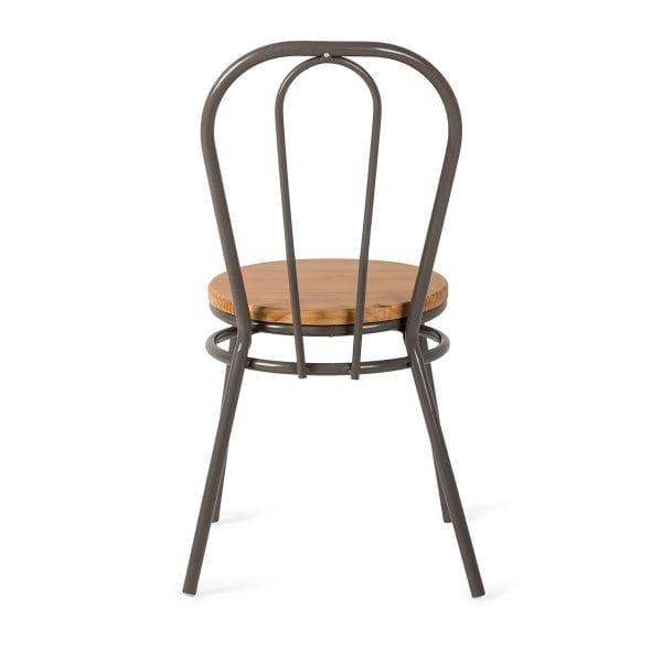 Chaise de style bistrot parisien.