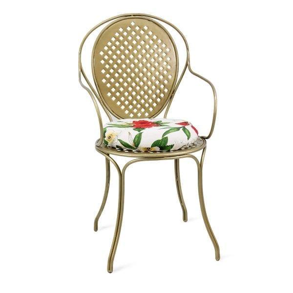 Chaise dorée pour le secteur de l'hôtellerie.