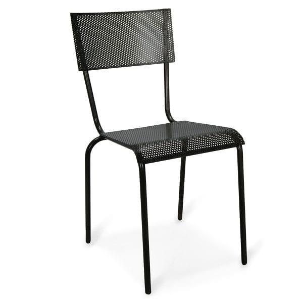 Photo.Chaise métallique style vintage pour l'hôtellerie.