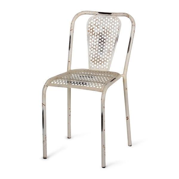 Chaise de restaurant pas cher de couleur blanche.
