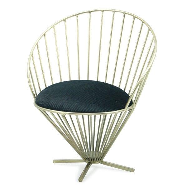 Chaises dorees Pandora pour le secteur de la restauration.