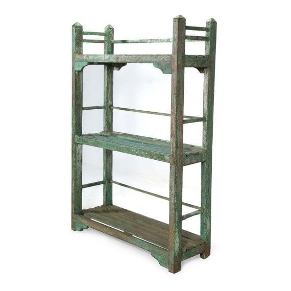 Imagen de la estantería vintage recuperada para decoración.