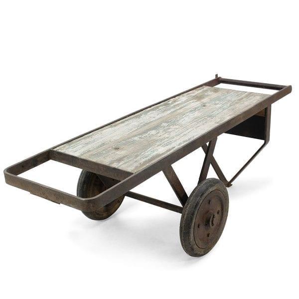 Mesa antigua auxiliar para comercio