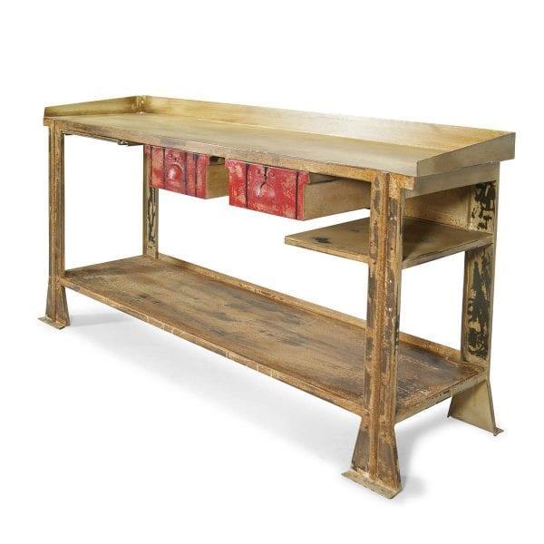 Meuble en bois pour hôtel et restaurant.