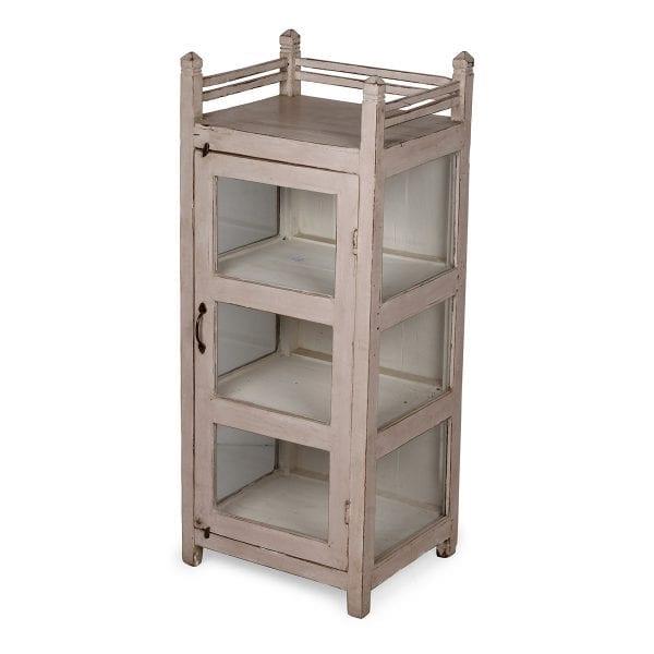 Ancien meuble pour aménagement de pharmacie.