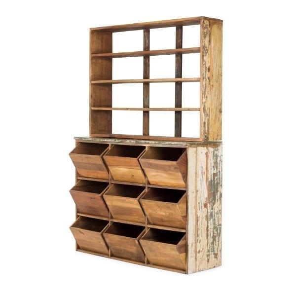 Muebles de madera para tiendas zapaterías.