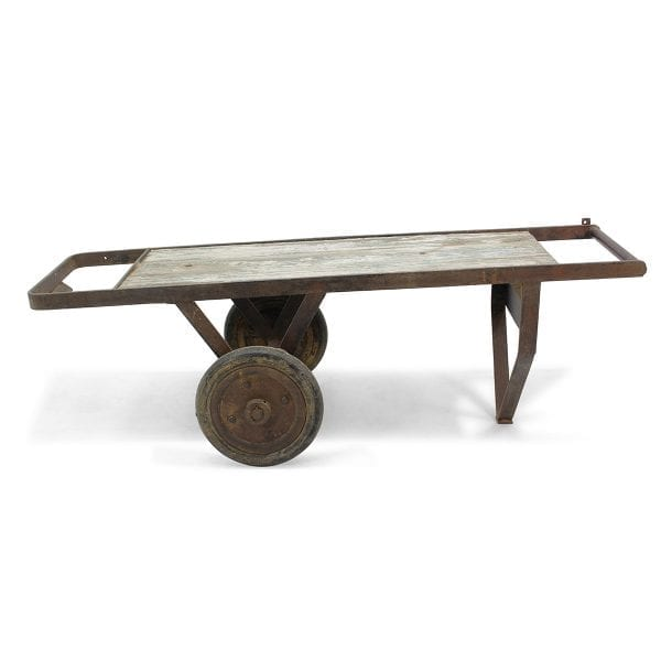 Table originale vintage et industrielle.