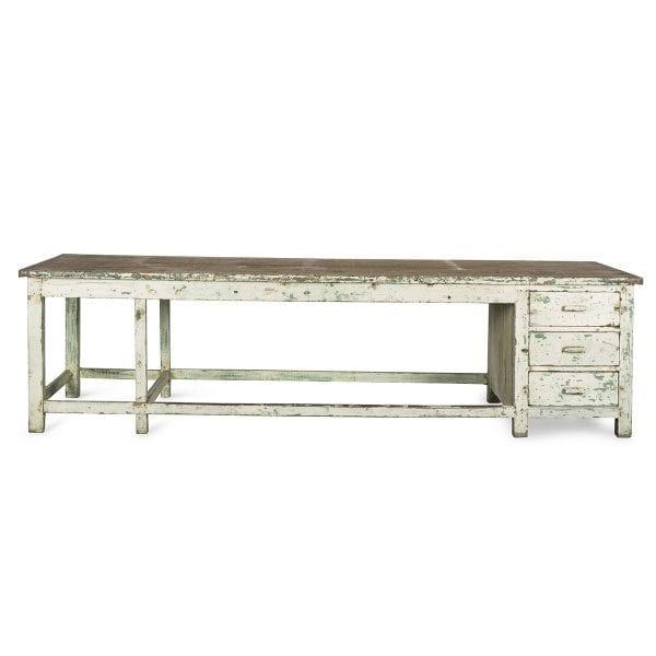Table comptoir pour réception d'hôtel.