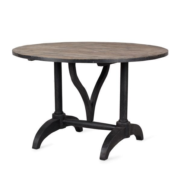 Table ronde en bois pour restaurant.