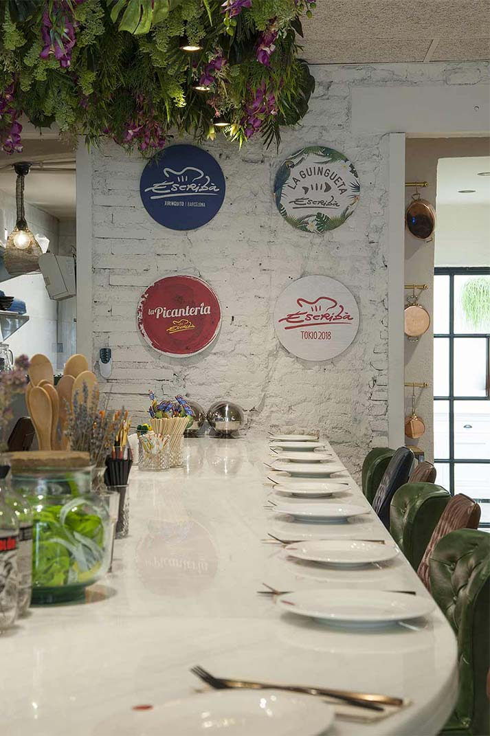 Décoration de restaurant gastronomique de cuisine fusion.