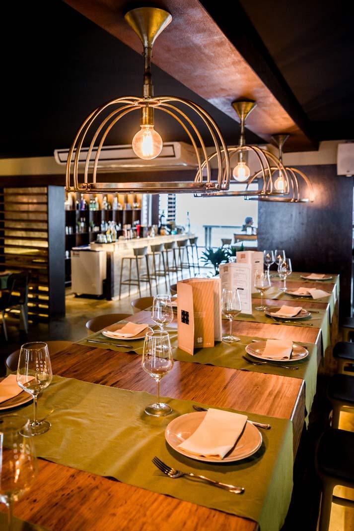 Décoration intérieur du restaurant Por un beso.