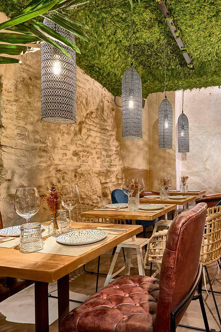 Décoration intérieure bar restaurant Senza.