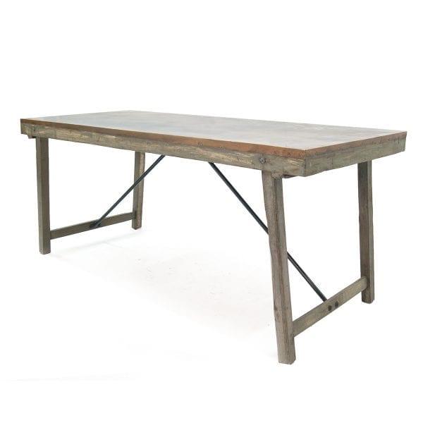 Grande table en bois pour restaurant noire