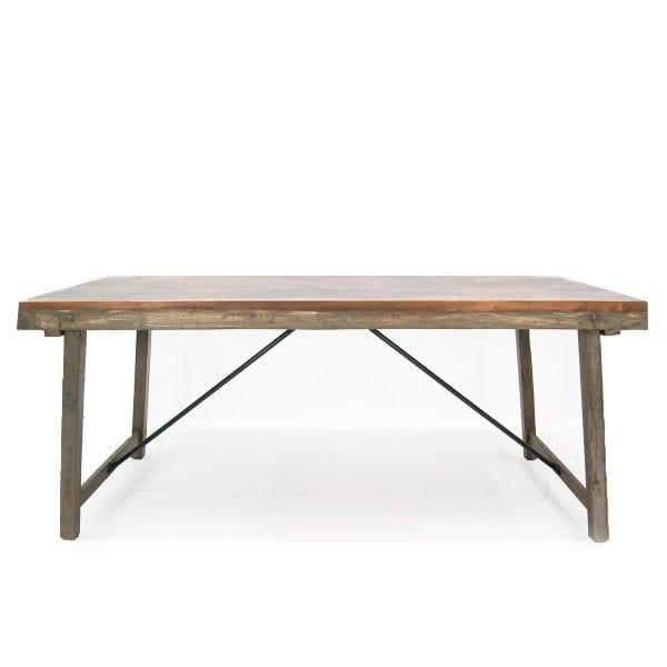 Grande table pour restaurant blanche