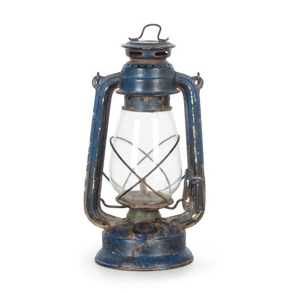 Lanternes originales de décoration industrielle.