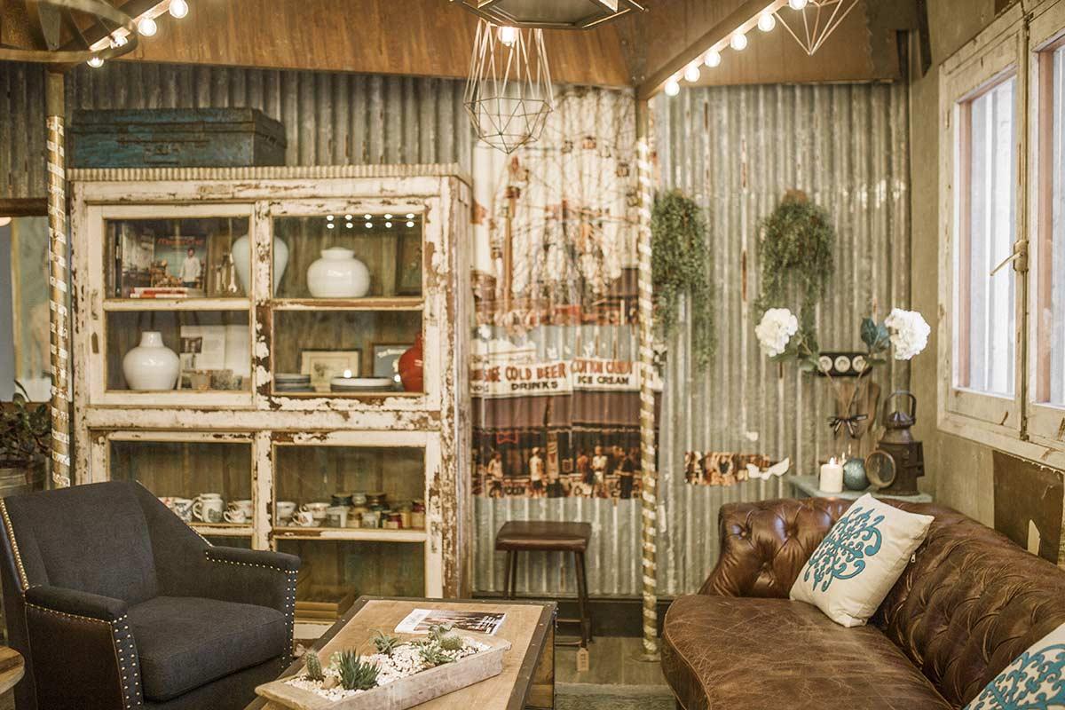 Décoration du showroom de Francisco Segarra.