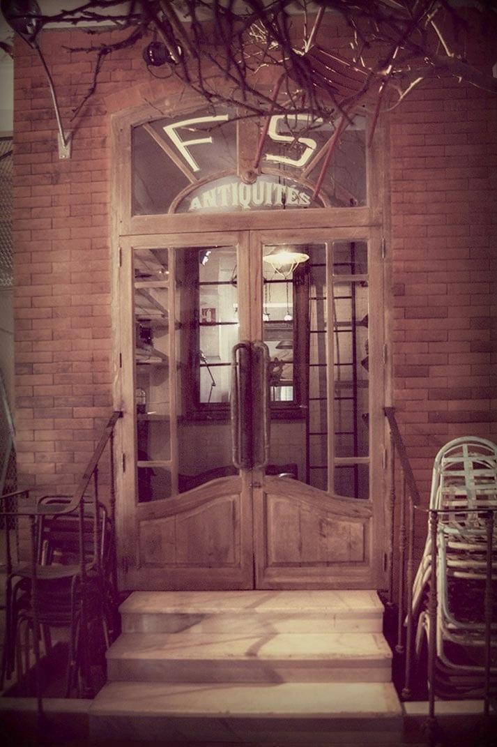 Imagen de la tienda de muebles en Madrid de Francisco Segarra.