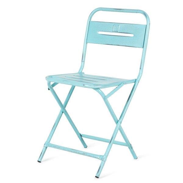 Chaises pliables pour cafétérias.