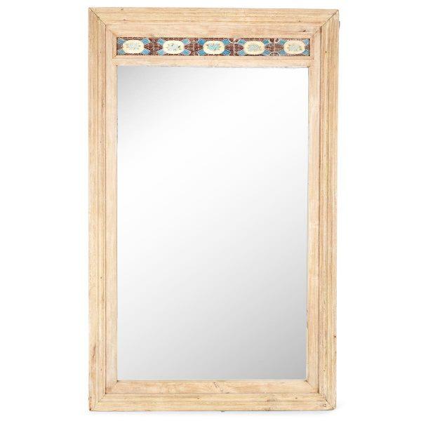 Espejo decorativo recuperado.