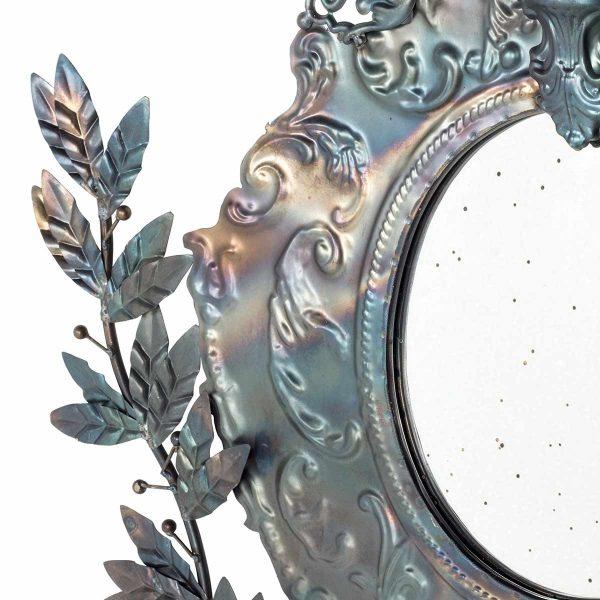 Espejos de pared de estilo industrial.