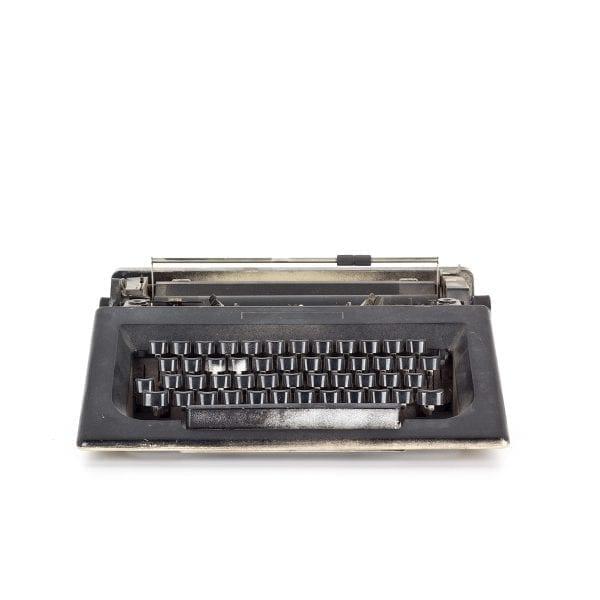 Máquina de escribir antigua.
