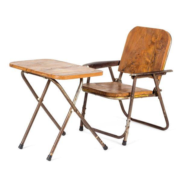 Mesas y sillas para decoración infantil.