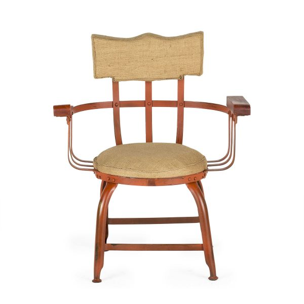 Sillas, sillones, asientos de estilo industrial.