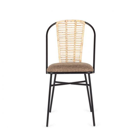 Chaise en rotin pour restaurant.