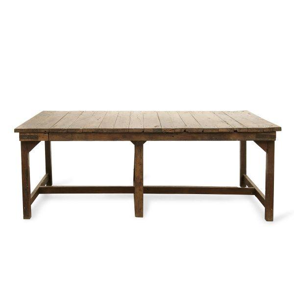 Mesa antigua en madera.