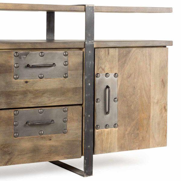Muebles de recepción de estilo insdustrial.