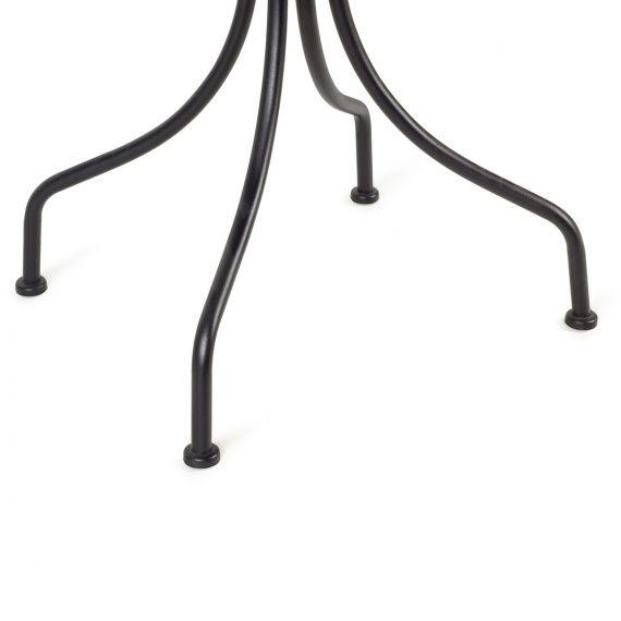 Imagen de detalle de las patas modelo Olimpia.